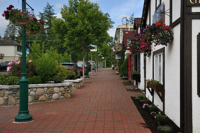 Welcome to the New Qualicum Beach web site